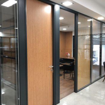 Klasik Kapaklı Jaluji Ofis Bölme